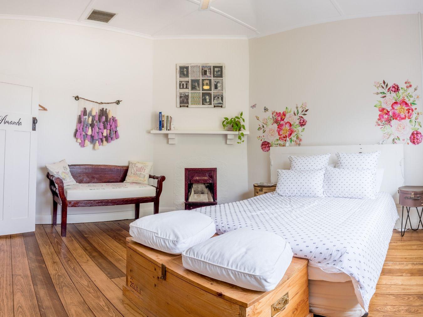 Wattle-Park-Wendys-Flinders-Ranges-Accommodation-Bed